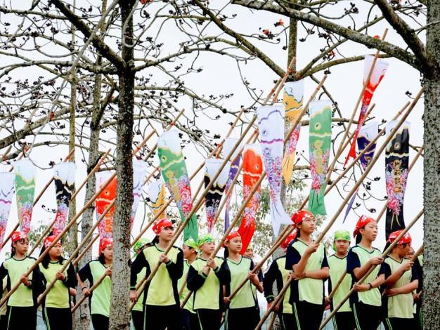 3月3日是全國客家日,市府客家委員會於木棉花道旁農夫市集辦理「林初埤春之祭」活動