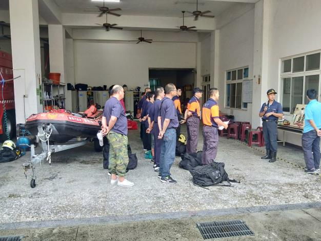 今日白河消防分隊、白河義消配合台南市政府消防局進行超前佈署演練