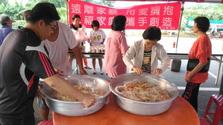 庄內里活動照片-大鍋炒米粉