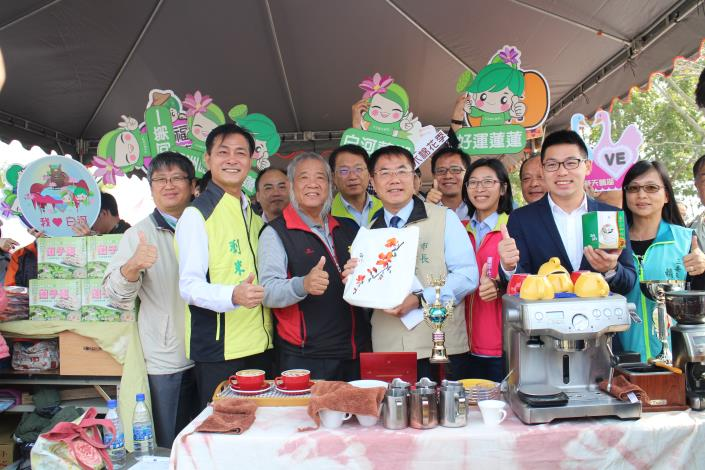 木棉花節記者會照片-市長行銷大台南觀光及農特產品