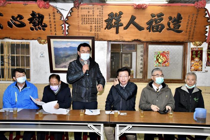 農委會主委陳吉仲到場對梅嶺未來發展表達關切