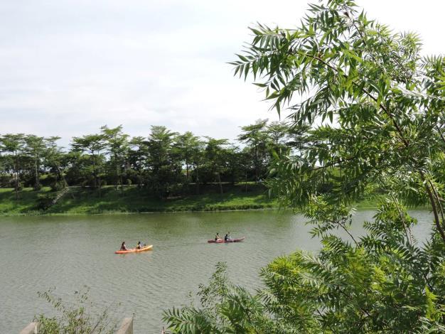 圖五、濕地保護聯盟帶領獨木舟體驗(濕盟提供)