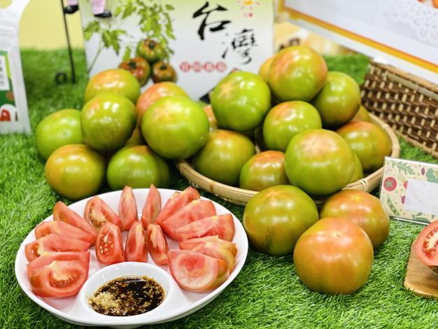 官田區黑柿番茄