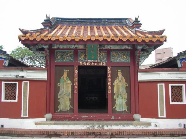 五妃廟門像.JPG
