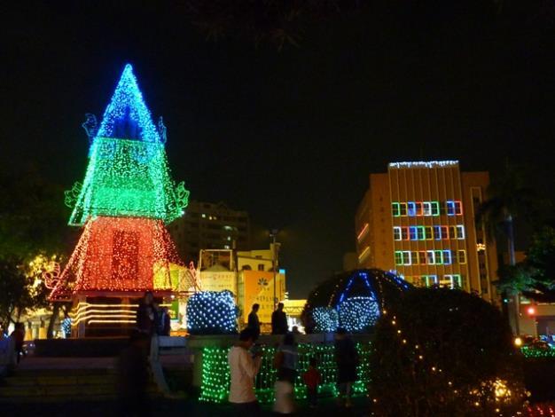 湯德章紀念公園週邊燈飾美景