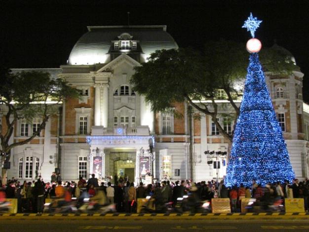 「溫馨、關懷、平安」聖誕點燈情形