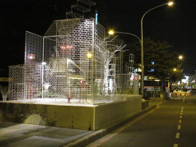 「Line House」街牆藝術創作一景