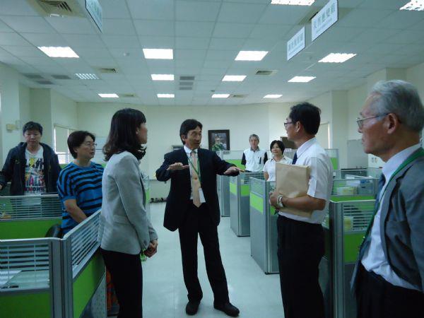 日本靜岡縣危機管理部長代理岩田孝仁先生參訪臺南災害防救辦公室
