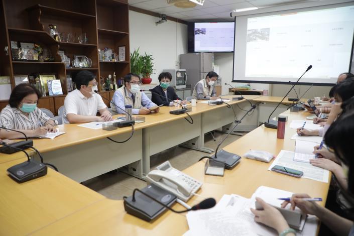 台南防疫維持秋冬專案至5/15 視疫情發展滾動調整(共2張)-2