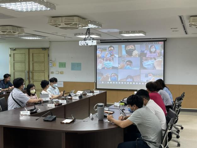防疫超前部署 臺南市教育局辦理異地及居家辦公視訊會議回流演練(共2張)-2