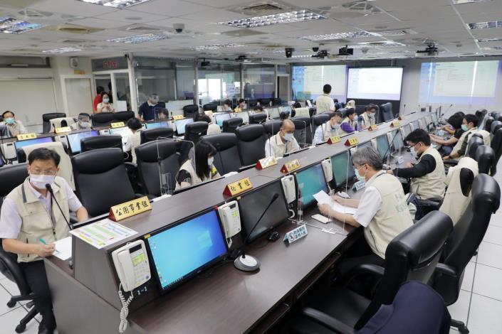 興達電廠停機 黃偉哲指示南市府開設災害應變中心 要求第一時間維護市民權益(共2張)-2