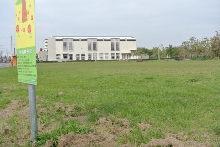 建國路與進學路交叉口旁(北側空地)