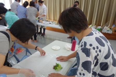 學員練習料理