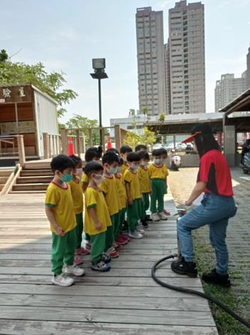 府城防災教育館及消防史料館恢復開館