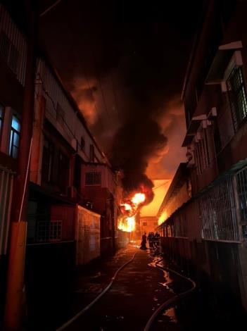 永康區鐵皮工廠火災周邊防護情形