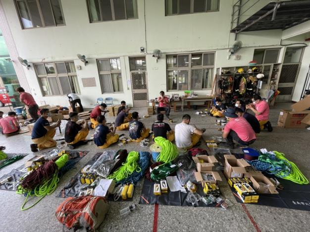 新化消防訓練中心辦理繩索救援裝備器材教育訓練