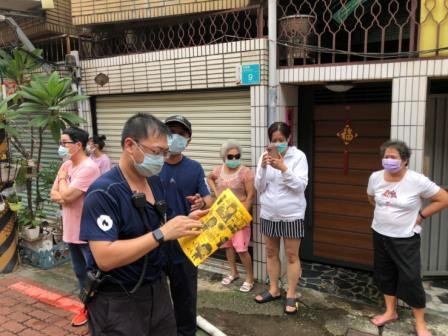 110年8月13日復興分隊至永康區中華路216巷35弄住宅火警災後防火宣導-4