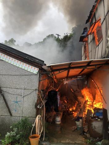 1100807-龍崎區火警現場照片1 (1)