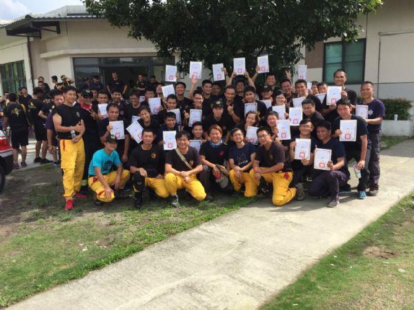 救助訓練畢業照