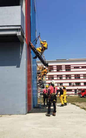 特搜不簡單連續28小時模擬救援訓練照片2