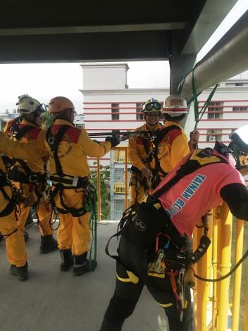 特搜不簡單連續28小時模擬救援訓練照片1