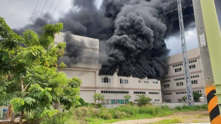 7月2日台南市山上區明和里北勢洲29-29號工廠火警-1