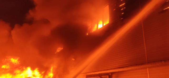 5月24日-安南區工業三路100號工廠火警-1