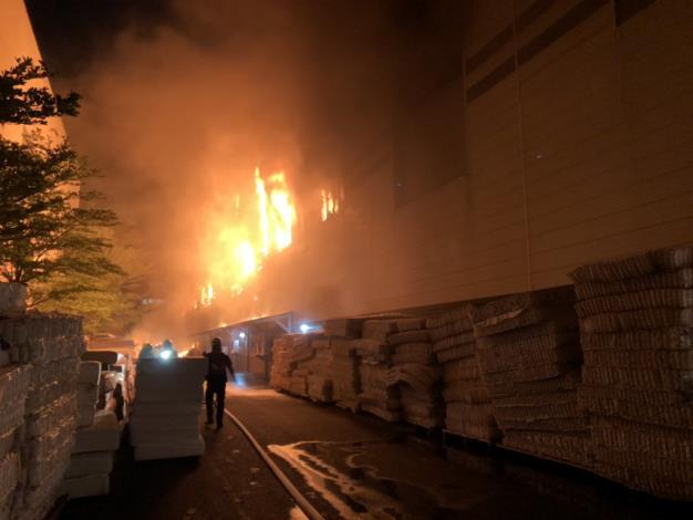 5月24日-安南區工業三路100號工廠火警-4