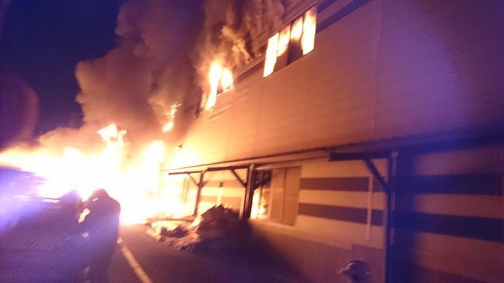5月24日-安南區工業三路100號工廠火警-3