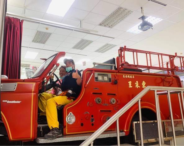 1090807府城消防訓練體驗,法裔消防員YouTuber ft.臺南市政府消防局-4