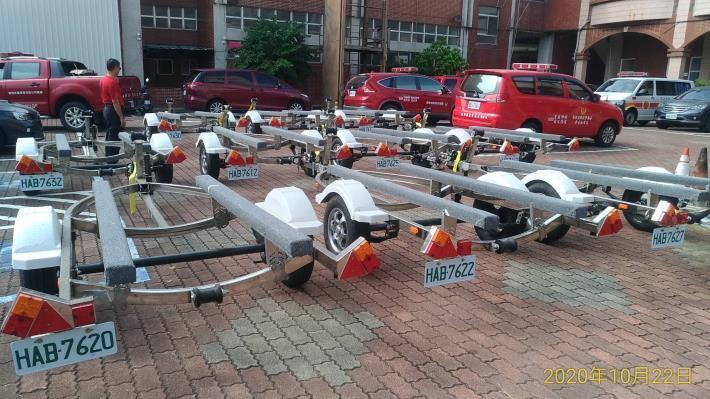1091027南市消防局合法拖船架上路,提升大臺南水域救援能量