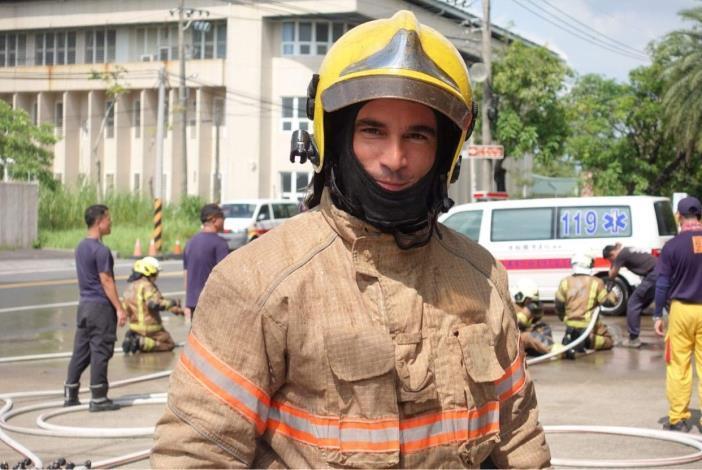 1090807府城消防訓練體驗,法裔消防員YouTuber ft.臺南市政府消防局-3