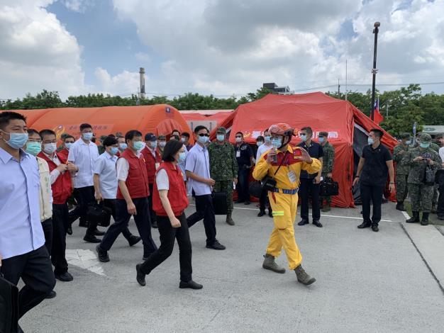 1090921臺南市都會公園辦理「109年國家防災日大規模震災消防救災動員演練」
