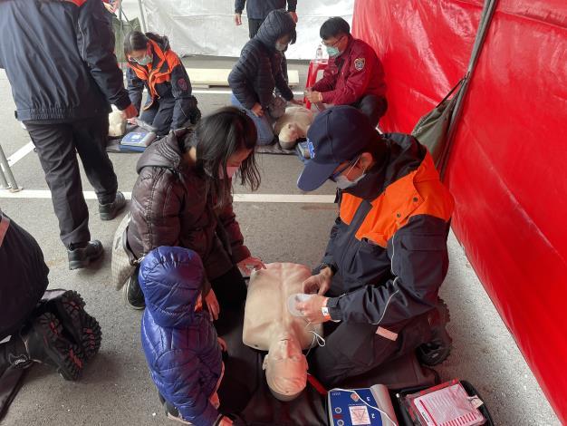 2021牛年大手牽小手,防火平安向前走119消防節宣導CPR活動