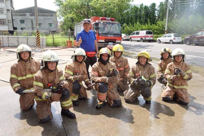 1090807府城消防訓練體驗,法裔消防員YouTuber ft.臺南市政府消防局-1