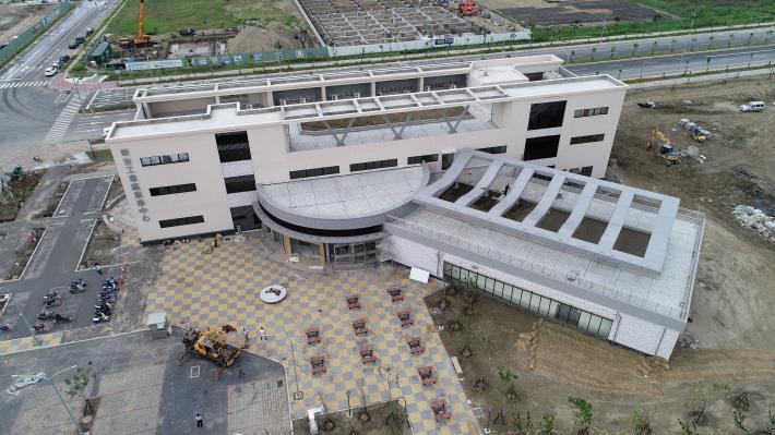 圖6服務中心外觀.JPG