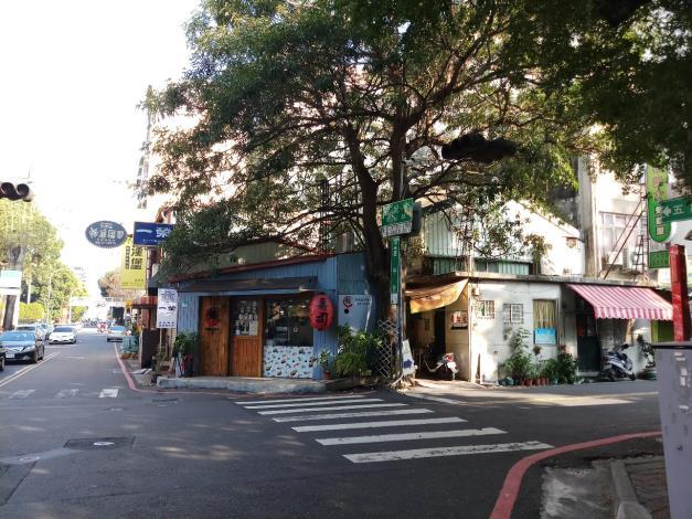 周邊特色景點    悠閒、慢活的慶中街 五妃街