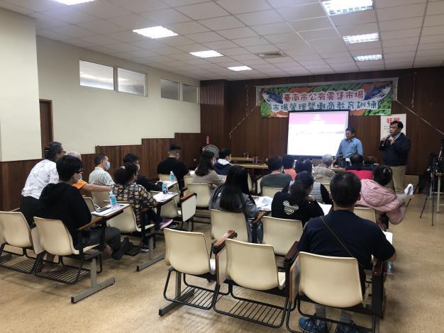 109年六甲市場電商教育訓練1.JPG