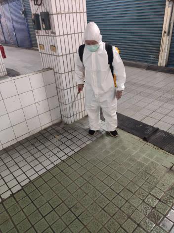 鹽水公有零售市場消毒照片1