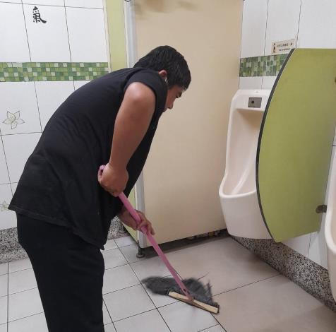 清洗公廁照片2橫式