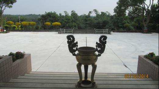 新化區納骨堂-香爐及金爐祭祀設施共兩張