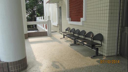 新化區納骨堂-一.二樓休息區共兩張