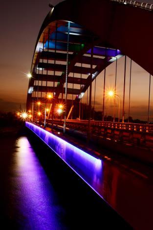 吳智遠華宗橋夜景