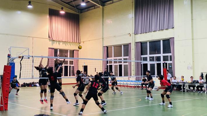 9_綜合體育館比賽照片.JPG