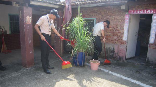 105年替代役役男關懷阿公阿嬤及協助居家環境清潔