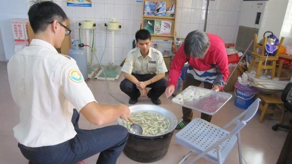 煮水餃(一)