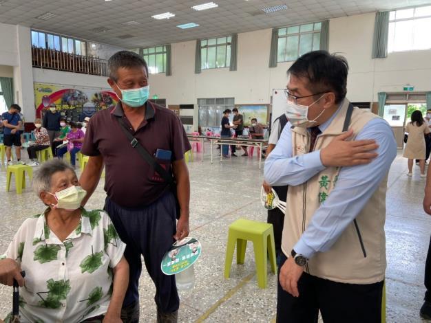 黃偉哲市長提醒民眾勿按揉注射處