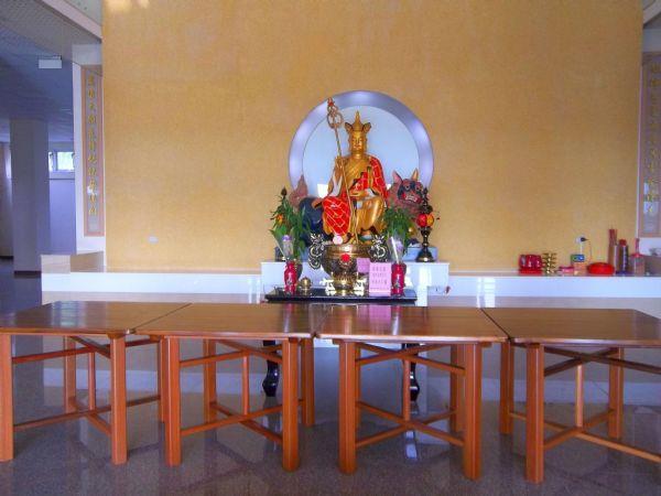1大內納骨堂設施-1樓大殿供奉地藏王菩薩