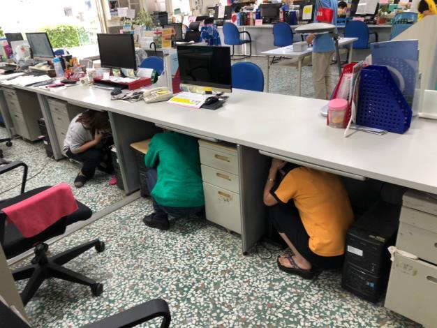 地震期初緊急避難演練_200916_2