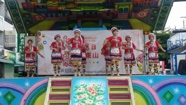 舞蹈表演-土風舞